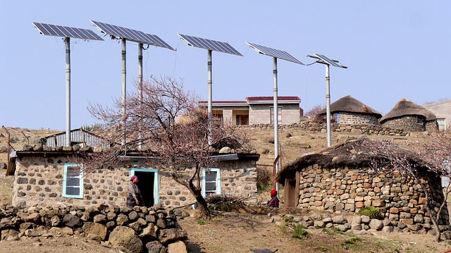 solar panel mounting on poles